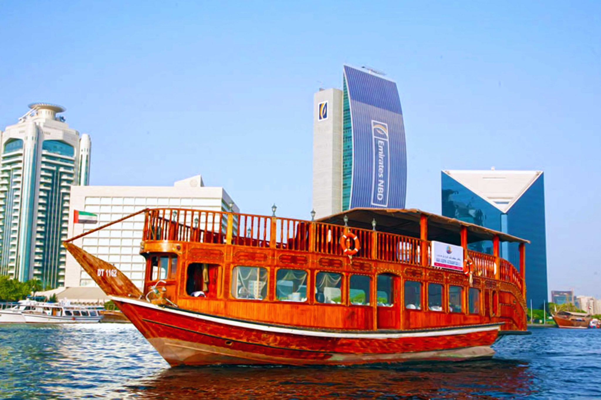 dubai marina sightseeing cruise