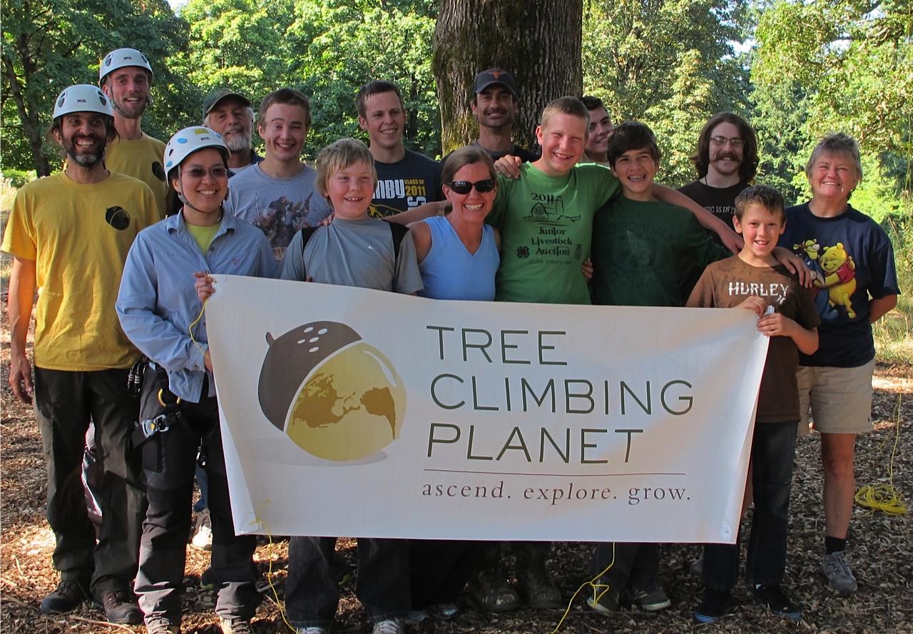 Climbing the Amazonian trees