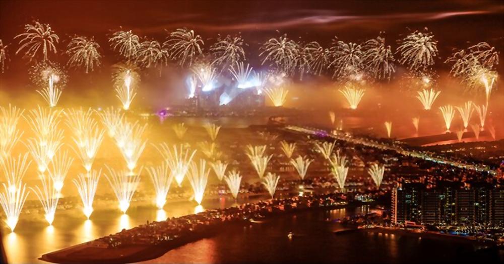 palm jumeirah fireworks