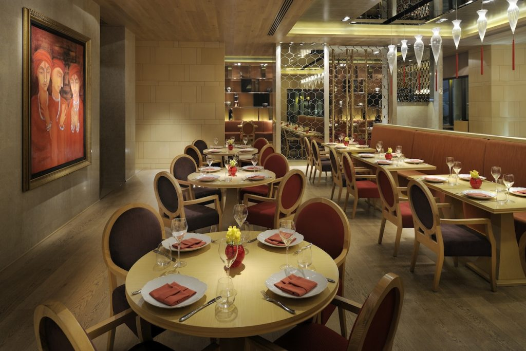 ushna restaurant